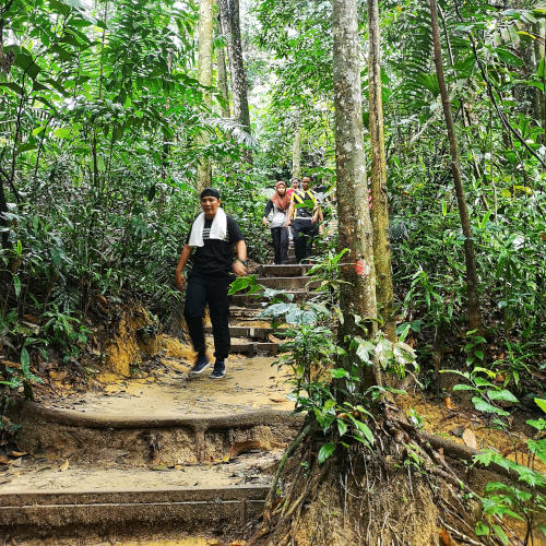 Friendly hikers at Gasing Hill